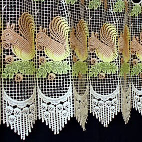Squirrels lace cafe curtain