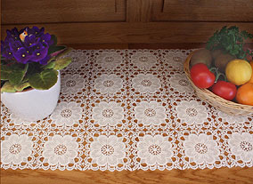 Chambord table runner