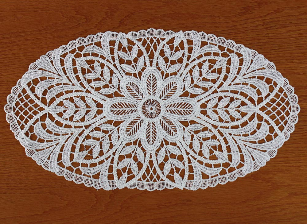 "oval Lace doily ""Anna"" in natural"