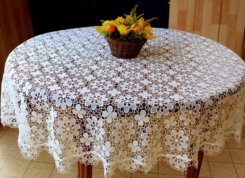 table lace round macrame lace tablecloths. Black Bedroom Furniture Sets. Home Design Ideas