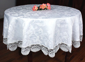Round coquilles tablecloth