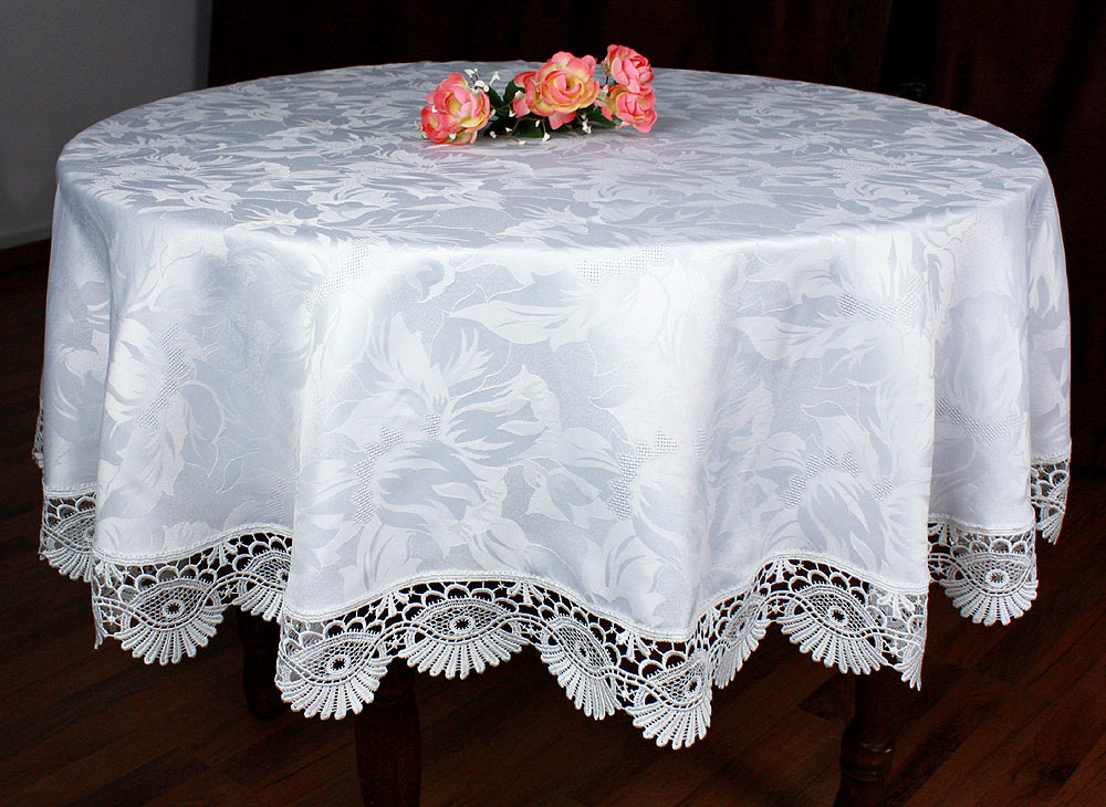 "Lace Tablecloth ""coquilles"" white"