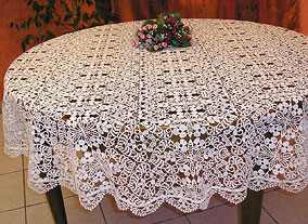 Oval Valentine Tablecloth