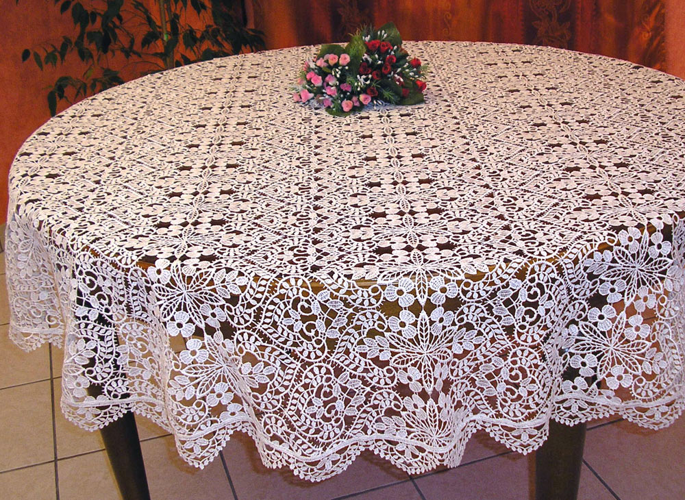 round macrame lace tablecloth valentine. Black Bedroom Furniture Sets. Home Design Ideas
