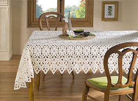 Tradition macrame lace tablecloth