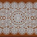 Zoom Lace doily 12 X 21 inc in natural