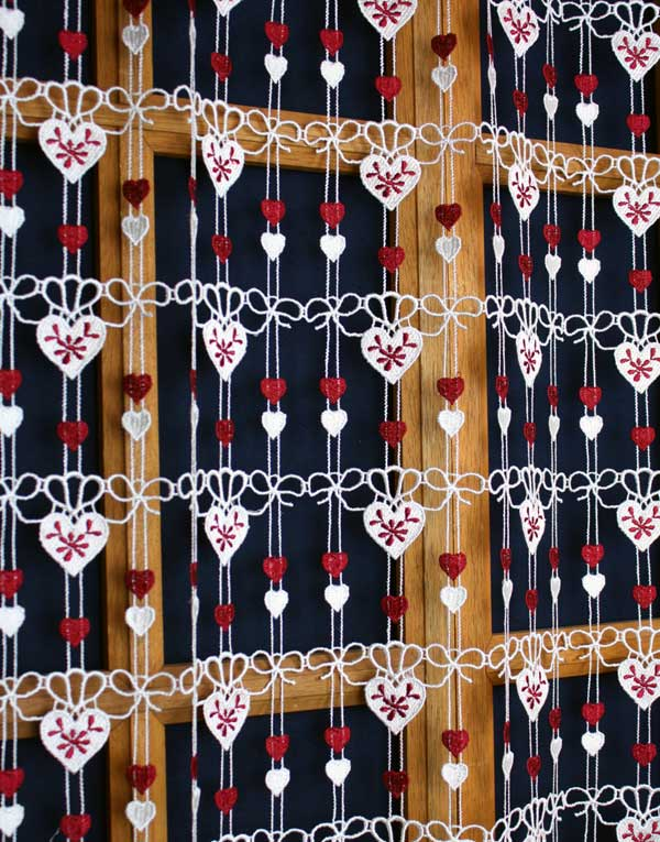 Hearts lace curtain