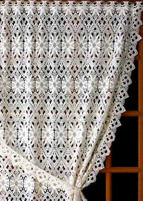 Tradition lace curtain