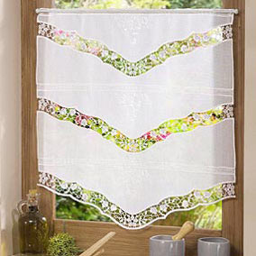 pointed lace curtain