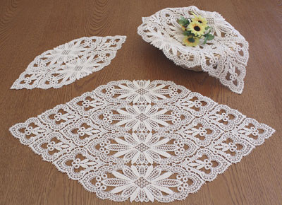 Macrame lace doilies Tradition