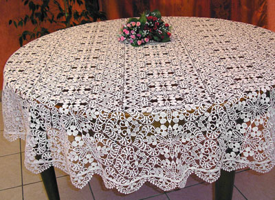 Fine round Lace tablecloth Valentine