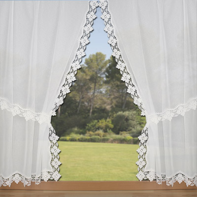 wavy lace trimmed curtains