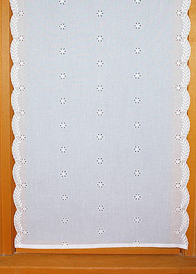 "Embroidered curtains ""Broderie Anglaise"""