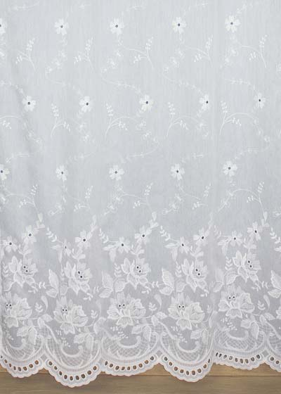 "Sheer lace curtains ""Verone"""